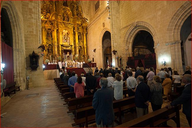 interior-parroquia-san-mateo-jerez